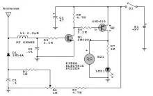 RF detector circuit using transistors
